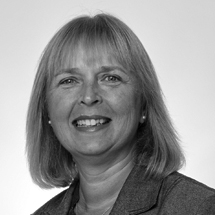 A head shot of Helen Norris - Chief People Officer at British Business Bank