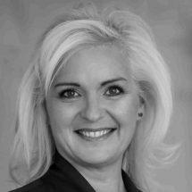 Jenny Knott headshot portrait